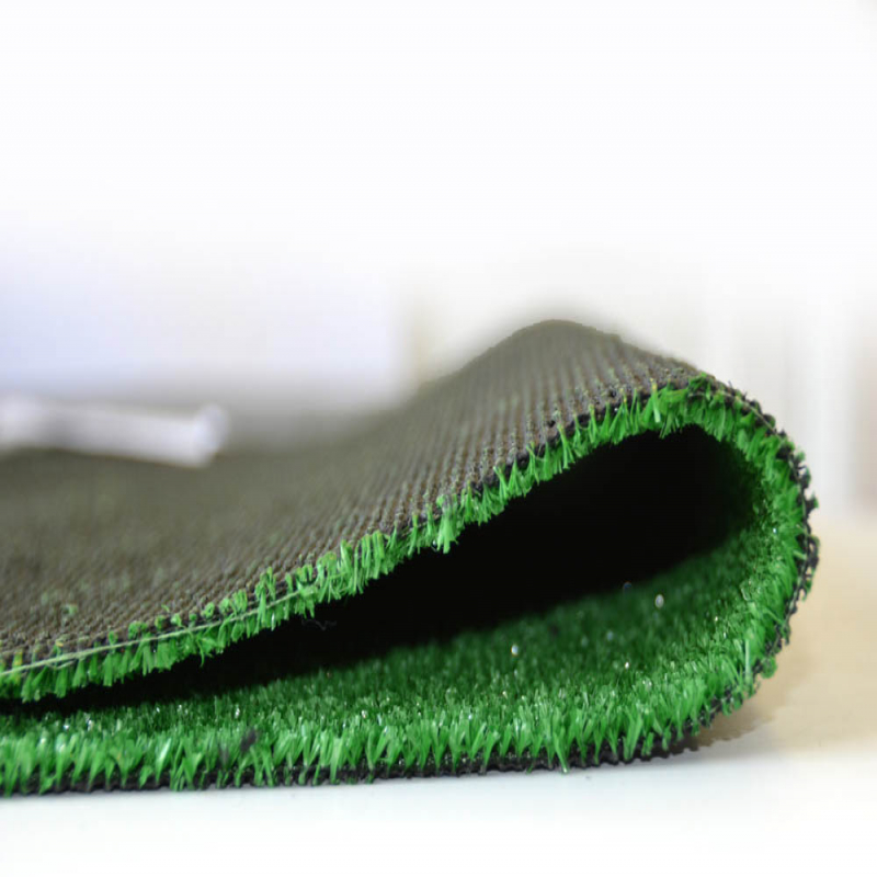Upton 5mm Thick Artificial Grass Remnant Offcut 3.45m x 2m
